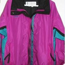 Columbia Women's Jacket Size Large. Photo