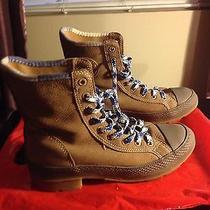 Converse Boots Photo