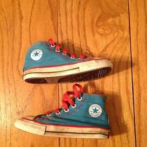 Converse Children's Size 8 Chuck Taylor Shoes Photo