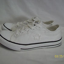 Converse One Star Low Top Tennis Shoes   White  Size 3 Photo