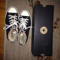 Converse Women's Size 8 Photo