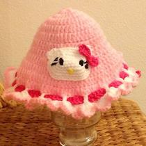 Crochet Hello Kitty Hat Photo
