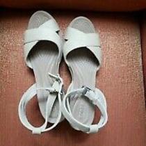 Crocs Beige  Ankle Straps Wedges Size 7 Photo
