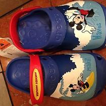 Crocs Mickey Mouse Waves Blue J2  Photo