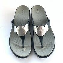 Crocs Sanrah Embellished Flip Flop Thong Sandals Womens Sz 9 Wedge Navy/silver Photo