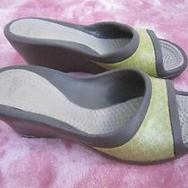 Crocs Size 8 Wedge Heel Slip on Waterproof Slides Photo