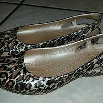 Crocs Taylor Leopard Print Slingback Flats Womens Sz 6 Tan Brown Guc Photo