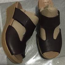 Crocs Womens a-Leigh Mini Wedge Sandals Shoes Size 7 Mahogany Photo