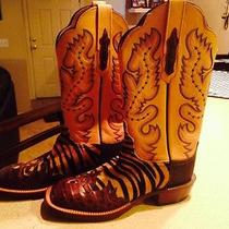 Custom Women's  Cowboy Boots Photo