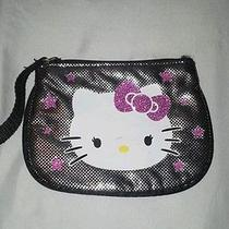 Cute Little Girl's Hello Kitty Wallet Photo