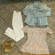Cute Outfit Zara White Skinny Jeans h&m Denim Jacket Old Navy Top Nine West Photo