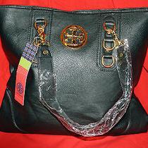 Designer Black Handbag Photo