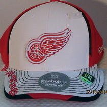 Detroit Red Wings Fitted Hat Photo