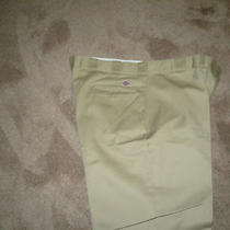 Dickie Work Pants  Waist 46  Lenght 30  Inseam 29  Color Tan Photo