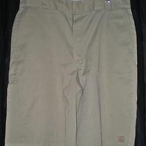 Dickies Cell Phone Pocket Twill Shorts Mens Size 38 Khaki Photo