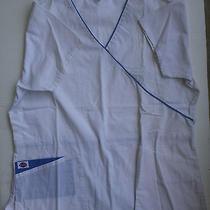 Dickies White Scrub Top v-Neck Medium Short Sleeve  Photo