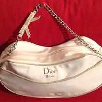 Dior Beauty Bag. Photo