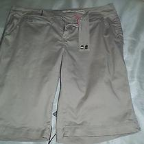 Dkny Jeans Beige Bermuda Shorts Size 12 Gently Worn Photo