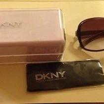 Dkny Womens Violet Sunglasses Photo