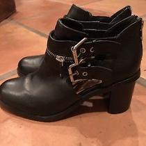 Dolce Vita Black Leather Heeled Booties Size 8.5 Double Buckled Straps on Sides Photo
