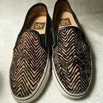 Dolce Vita Slip on Sneakers/striped Print Calf Hair Women's  Size 7 Photo