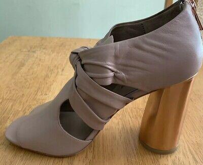 Donald J Pliner Leather Bailey Blush Napa Block Heel Sandal Size 10- 4