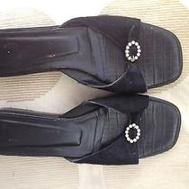 Donald Pliner Ladies Leather and Fur Sandals Flats 8.5 Pre-Owned Photo
