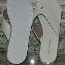 Donald Pliner White Leeanne  Women's Sandal Size 9 M New Photo