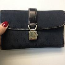 Dooney and Bourke Black Wallet Photo