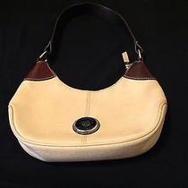 Dooney and Bourke Handbag Photo
