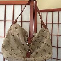 Dooney and Bourke Hobo Photo