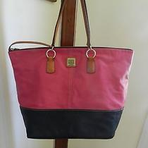 Dooney and Bourke Leather Tote Bag Photo