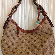 Dooney and Bourke Signature Handbag Nice and Clean Photo