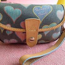 Dooney & Bourke Burke Black Multi Color Crayon Heart Wristlet Snap Close Ec Photo