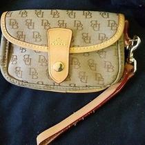 Dooney & Bourke Canvas Leather Wristlet Wallet Clutch Db Signature Brown Photo