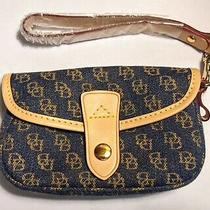 Dooney & Bourke Db Wristlet Clutch Blue Material & Light Leather Trim Nwot Photo