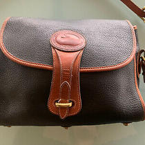 Dooney & Bourke Essex Equestrian Medium Crossbody Purse Bag Black & Tan Leather Photo