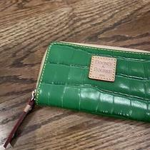 Dooney & Bourke Green Leather Wristlet Pouch Clutch Wallet Crocodile Small Tan Photo