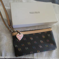 Dooney & Bourke Large Wrist New Without  Tags Photo