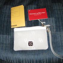Dooney & Bourke Medium Wristlet Photo