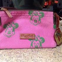 Dooney & Bourke Pink Minnie Mouse Disney Pochette Photo