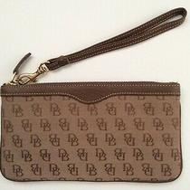 Dooney & Bourke Slim Signature Wristlet Clutch Wallet Brown W/ Keychain  Photo