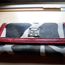 Dooney & Bourke Wallet Photo