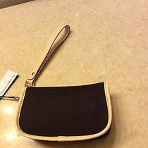 dooney&bourke  Wristlet  Photo