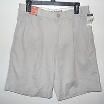 Eddie Bauer Mens Ultimate Khaki Shorts Size 31 Light Pumice Pleated Front Nwt Photo