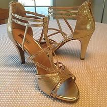 Elie Tahari Bella Gold Sandal Size 9m Brand New Photo