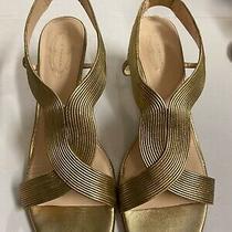 Elie Tahari Gold High Heels Photo