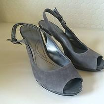 Elie Tahari Suede Slingback Gray Pumps 5.5 M Photo
