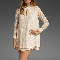 Elkin Silence Lace Dress Photo