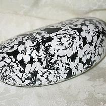 Ellen Tracy Black and White Flowered Sunglasses/eyeglasses Case. New. Authentic. Photo